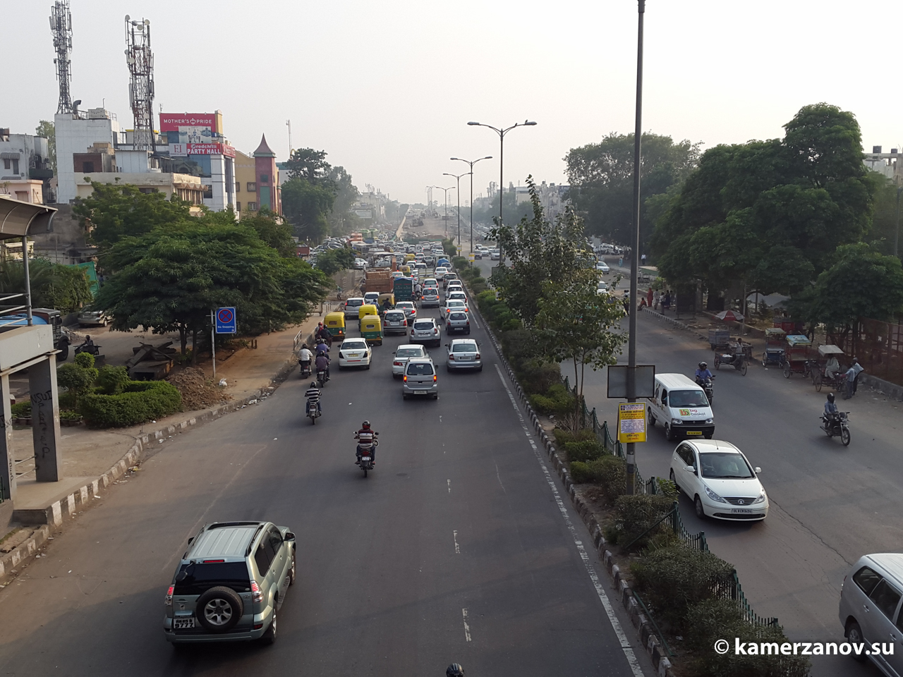 Дорога в центре Дели